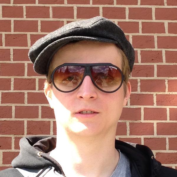 Лев Николаевич – Дизайнер и Вэб-разработчик